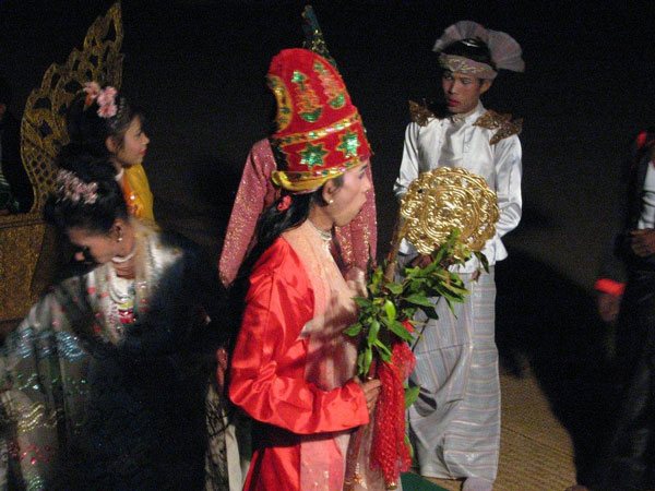 libro_thonbanhla_birmania_0019